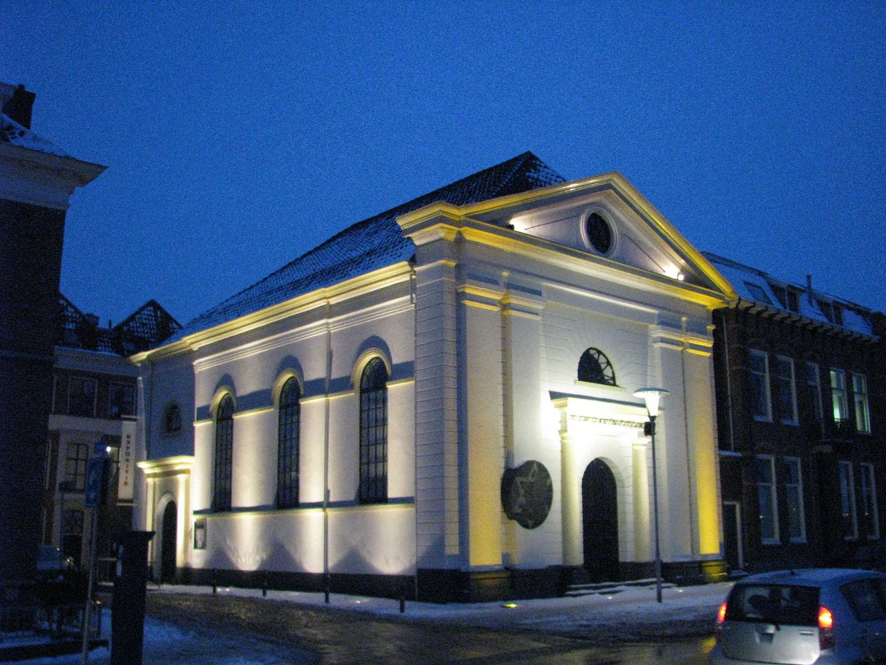 Bezoek aan de synagoge van Kampen